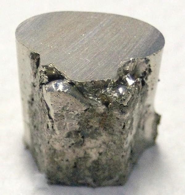 Что является сплавом никель цирконий бронза железо
